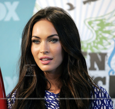 LaBeouf_spilled_that_he_hooked_up_with_Megan_Fox_FilmyFun.blogspot.com