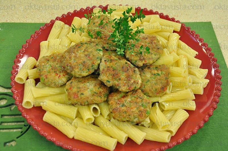Sebzeli Tavuk Köftesi Tarifi Kolay Yapımı