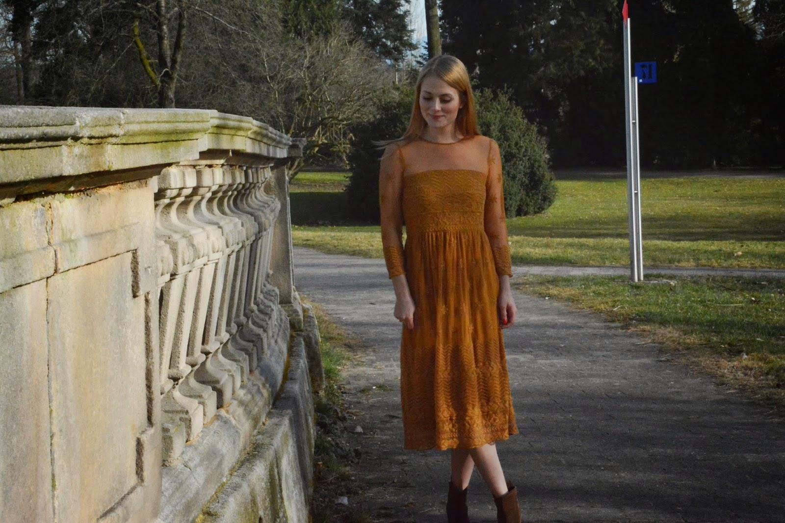 Fashionblogger Stuttgart zeigt Hippiechic Bohodress