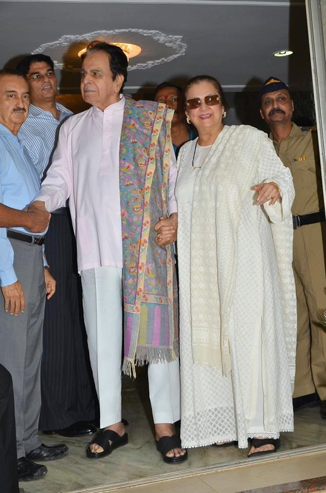 Actor Dilip Kumar turns 92, gets discharged from hospital