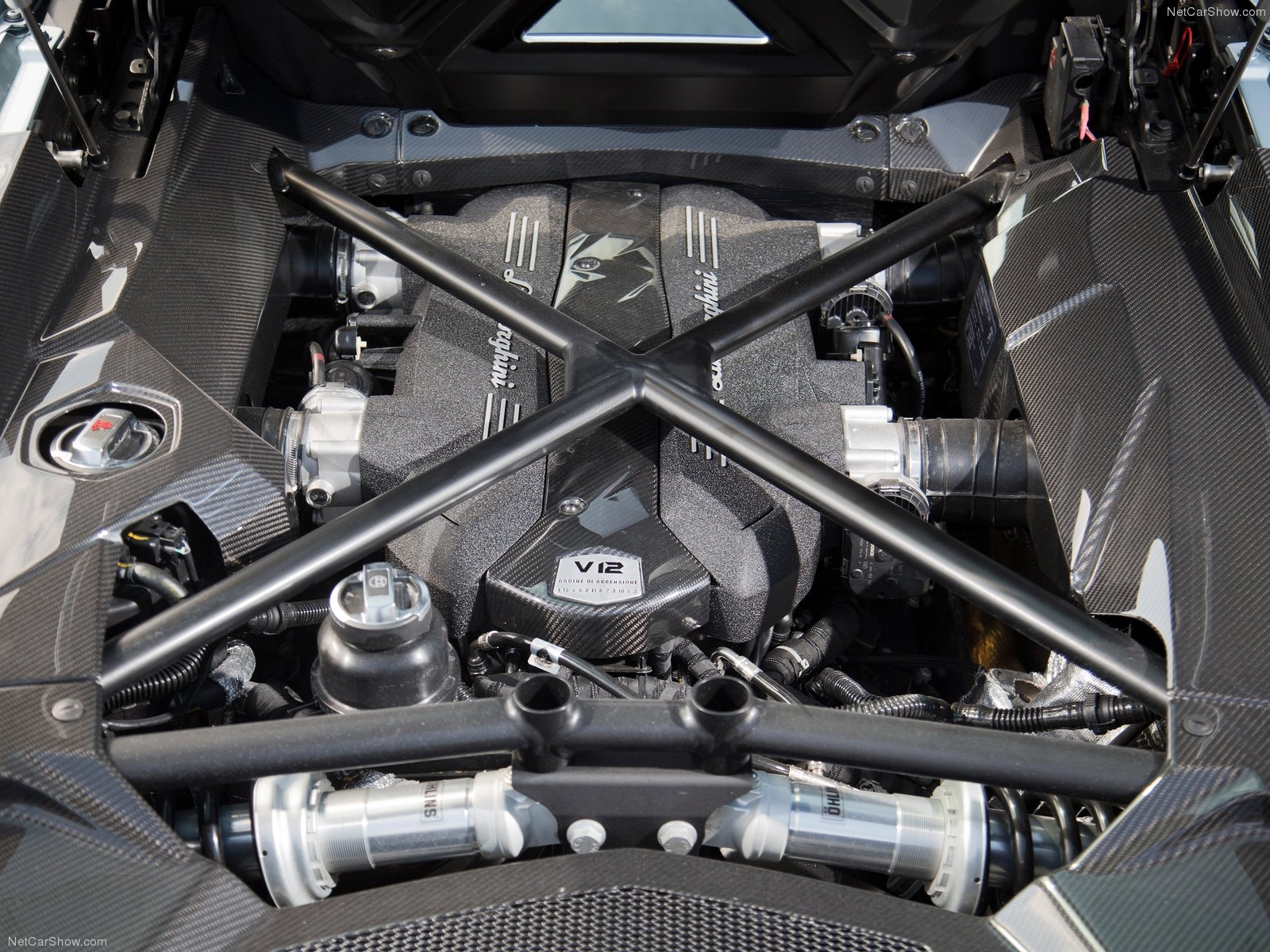 2013 Lamborghini Aventador LP 700 4 Roadster Price