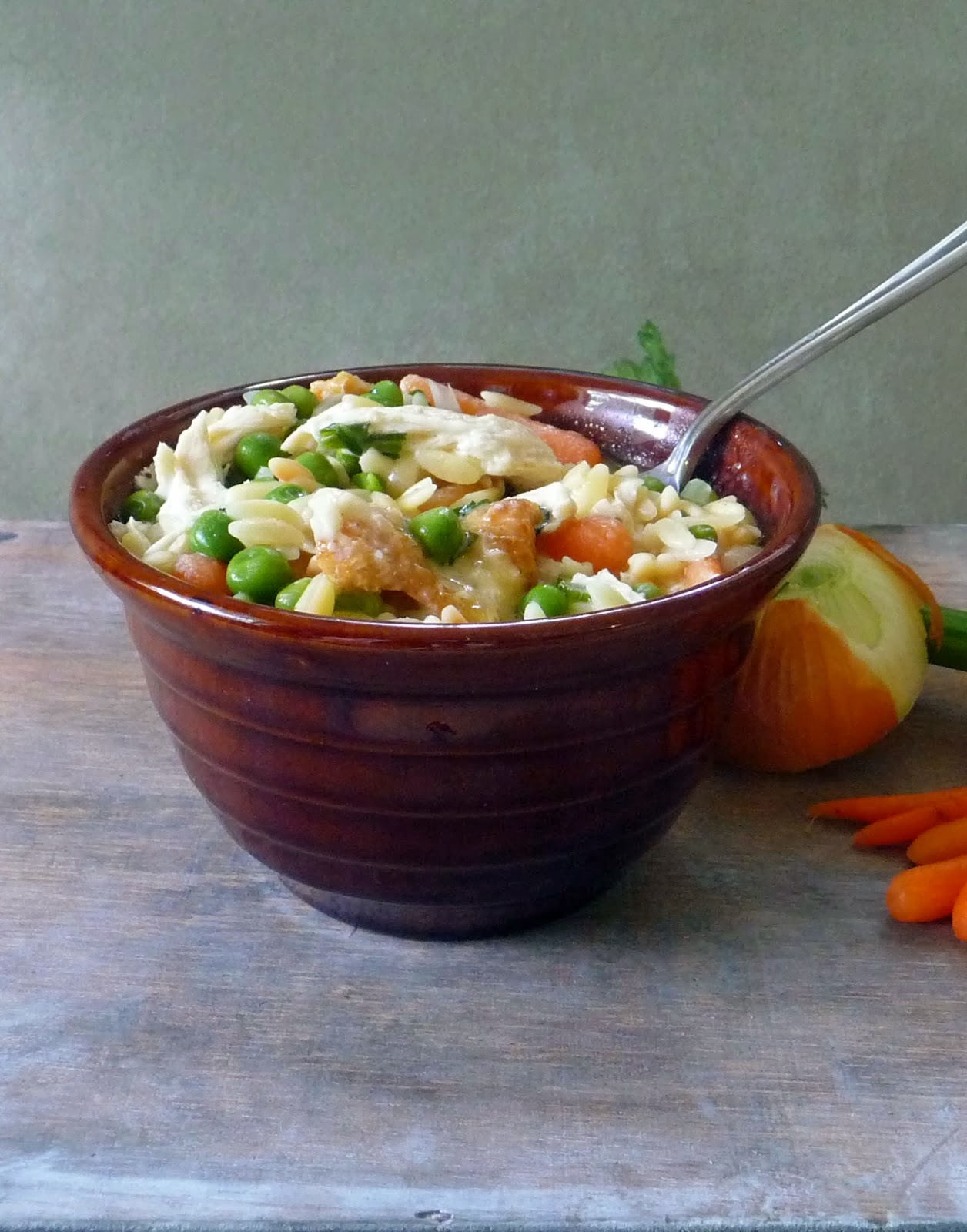 Chicken Pot Pie Pasta from What to Eat this Weekend Roundup on Anyonita Nibbles