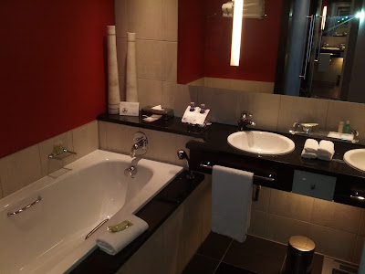 Junior suite bathroom at the Westin Cape Town