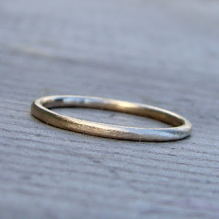 narrow gold band