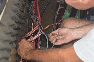 Kabel sortieren nach dem Brand