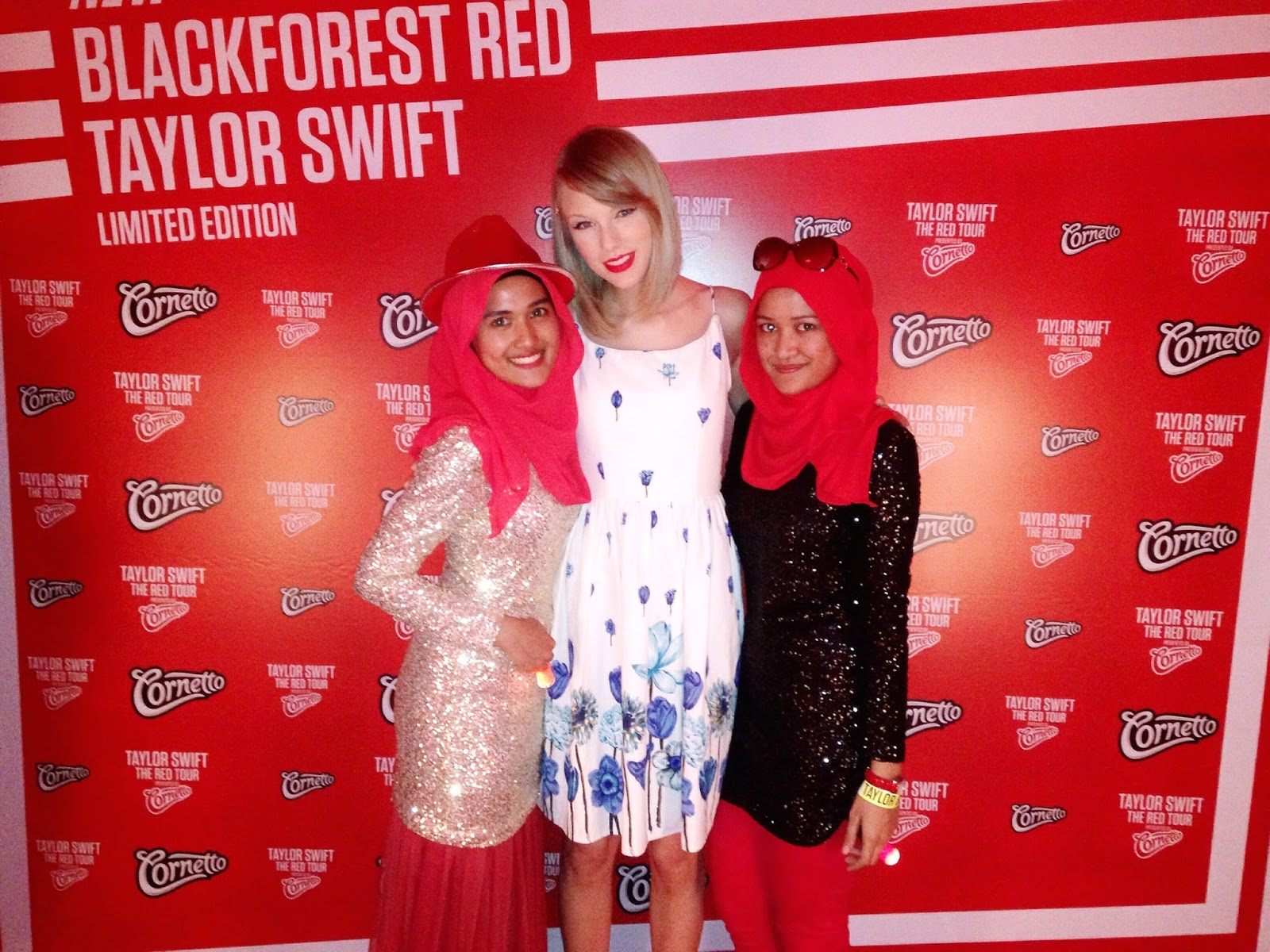 Stylebook by syahira zakaria taylor swift red tour asia she my sister then added that we got married at 20 taylor thanked me for that when really i felt like i should thank her for making such a beautiful song kristyandbryce Gallery