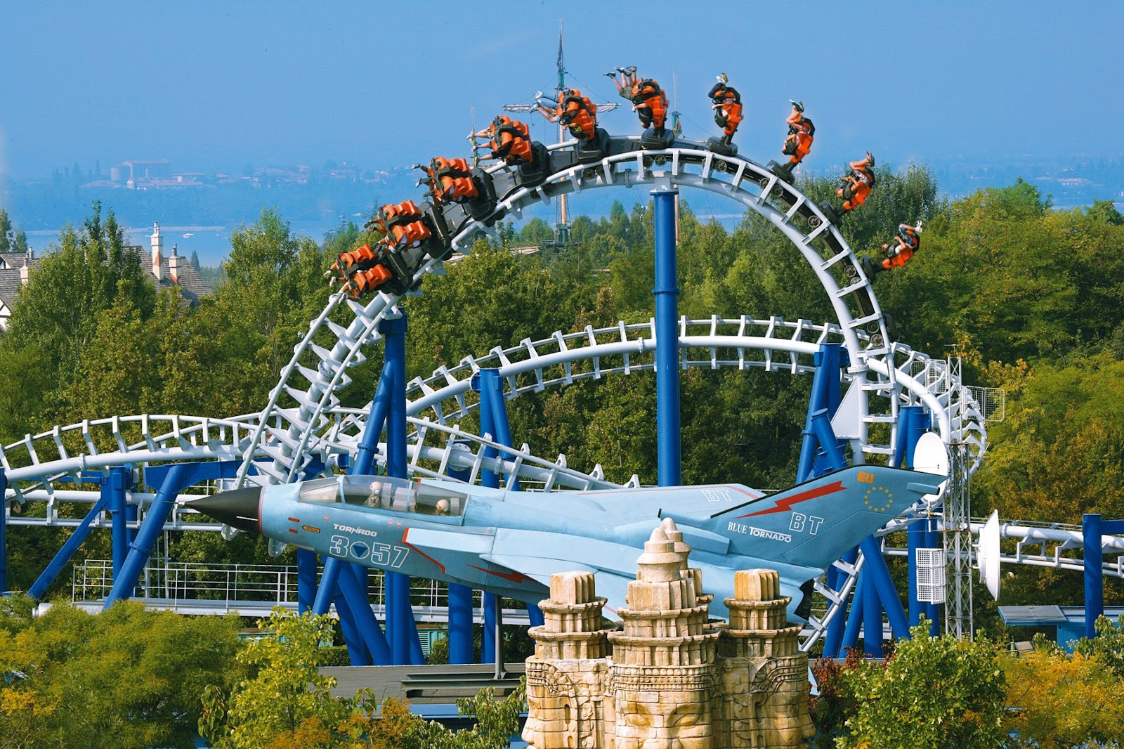 World Beautifull Places: Tours of Gardaland in Italy Park ...