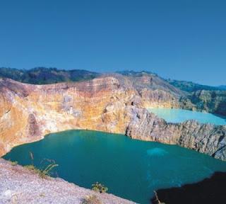 Danau Gunung Kelimutu