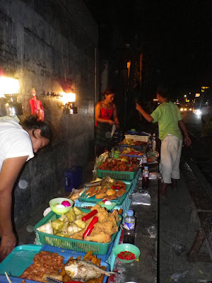 #032eatdrink, food, cebu, streetfood, fried everything