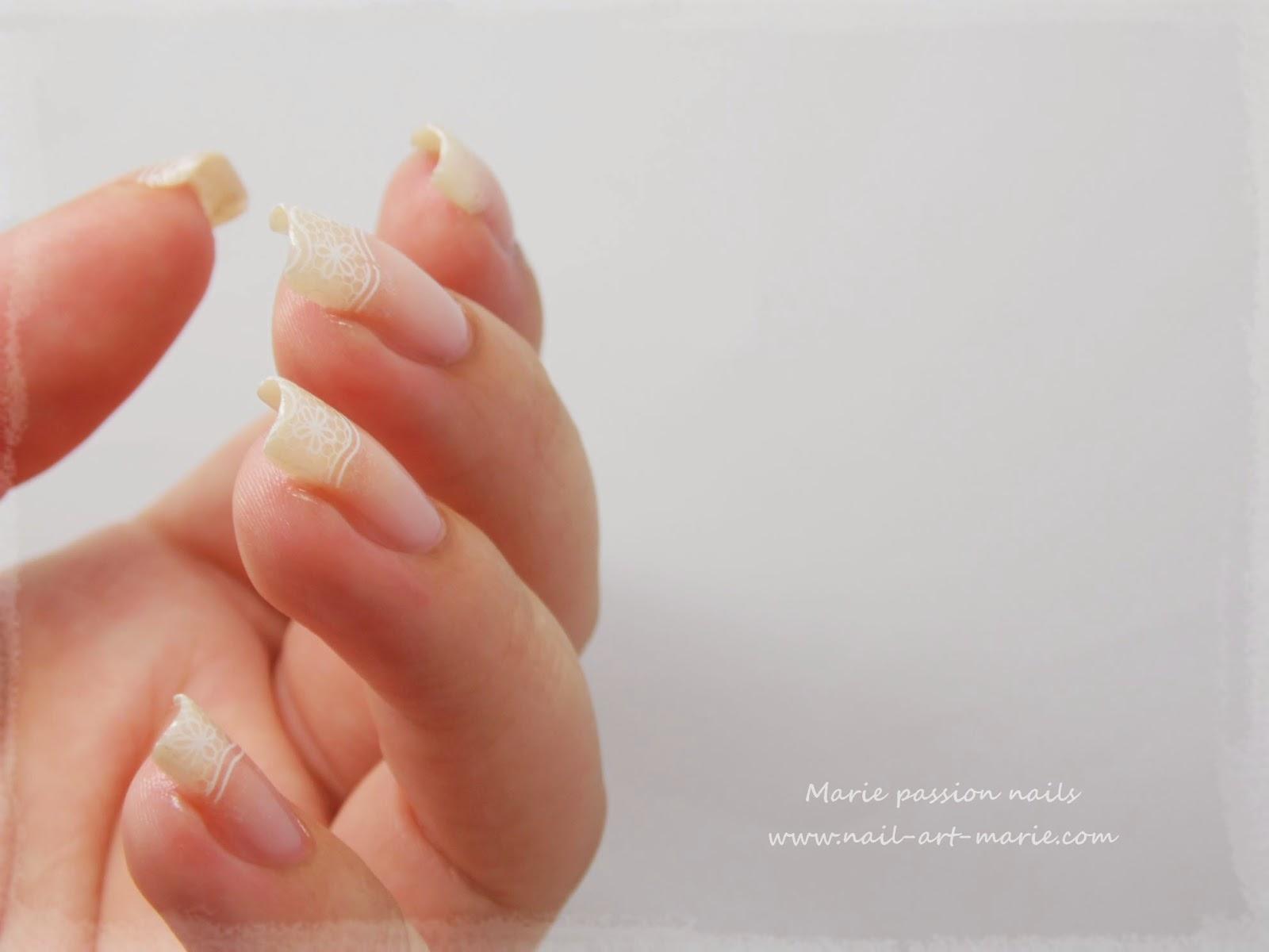 nail art french en dentelle3