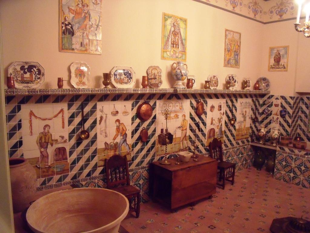 C mo disfrutar de tu jubilaci n azulejos en la cocina valenciana - Azulejos antiguos para cocina ...