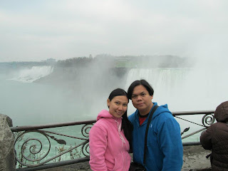 Niagara Falls Horseshoe Falls American falls and Bridal Veil Falls