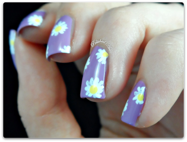 seventeen-17-gel-colours-daisy-nail-art