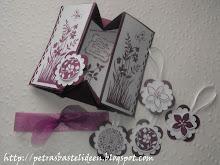 Card Box mit Anhänger