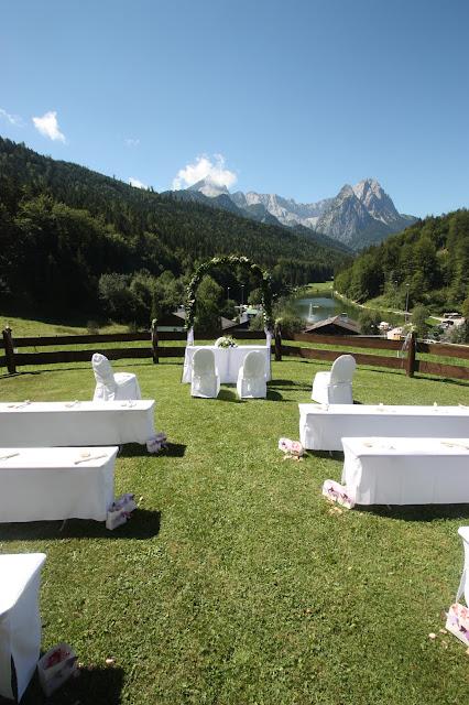Trauung auf der Almwiese am Riessersee in Garmisch-Partenkirchen