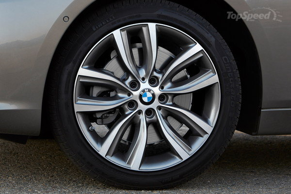 2015 BMW 220d xDrive Active Tourer