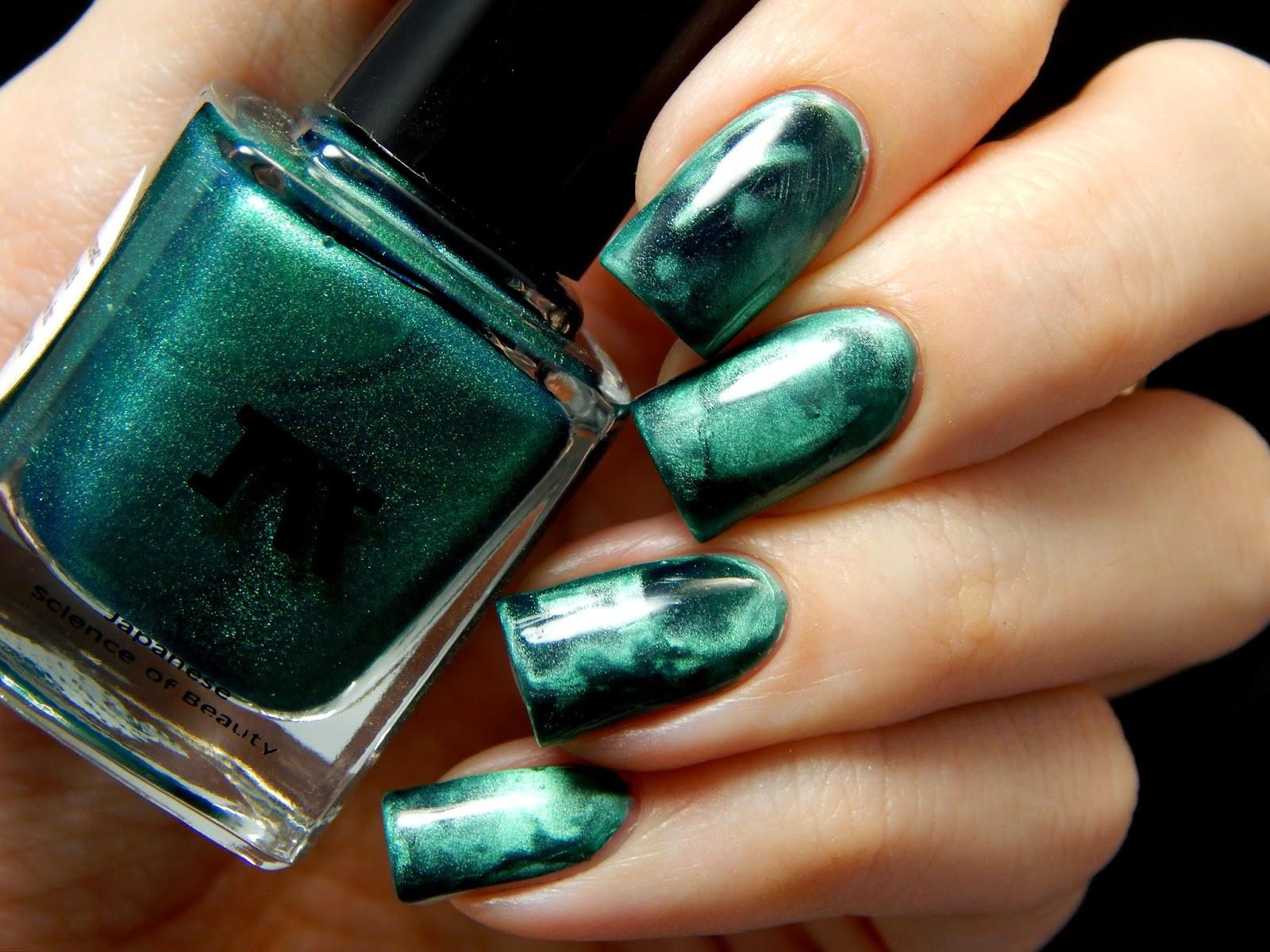Как сделать зелёный лак для ногтей 255