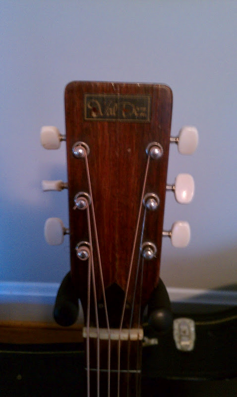 Craigslist Vintage Guitar Hunt: Val-Dez Acoustic in ...