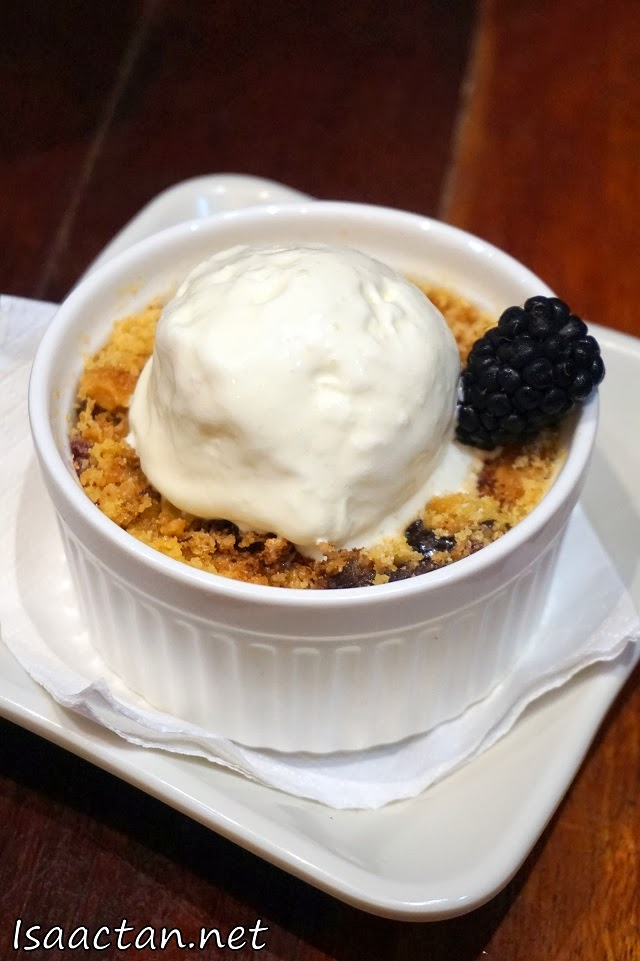 #4 Peach & Blackberry Cobbler - RM9.90