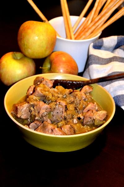 spezzatino di maiale con le mele