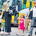 Shahid Afridi and Wife Coming Out of Bus Photo