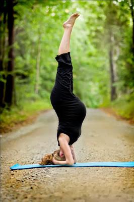 Yoga Headstand untuk Ibu Hamil Bayi Sungsang