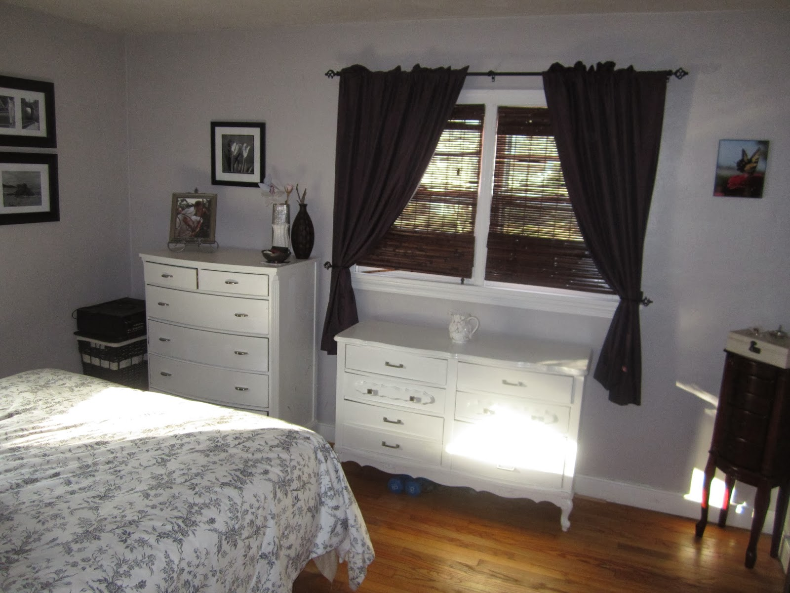 life and grace: a week (or so) of small space living: master bedroom