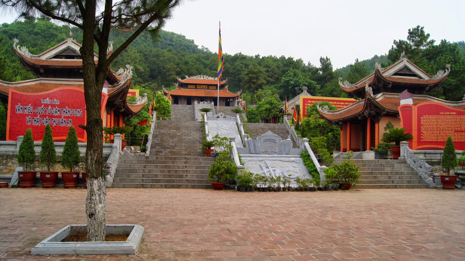 Cho thuê xe đi Côn Sơn Kiếp Bạc Hải Dương du lịch