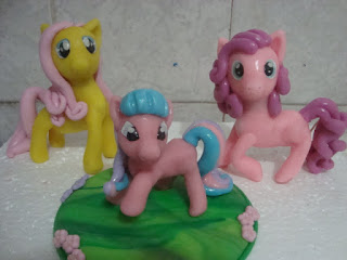 pequeno poney biscuit