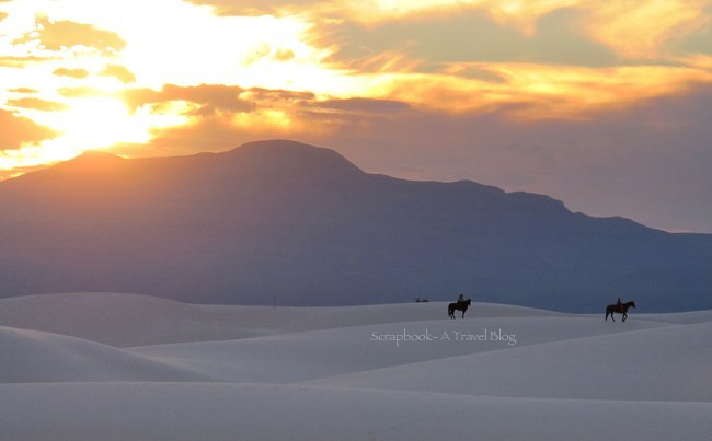 Sky ablaze over White Sands of New Mexico