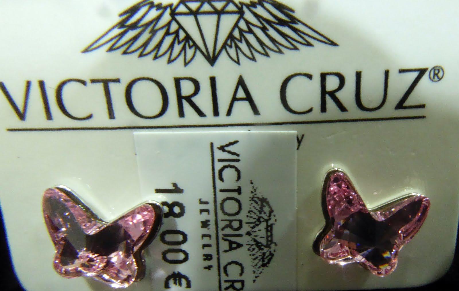 Pendientes en plata y cristal de Swarovski con forma mariposa