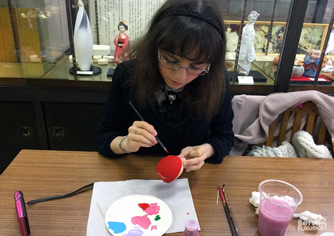 Hakata doll painting experience