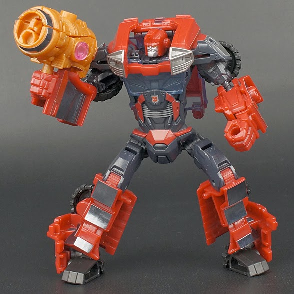 TAKARA TOMY TRANSFORMERS PRIME ARMS MICRON AM-20 IRONHIDE ACTION FIGURE NEW TOY