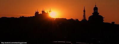Couverture facebook coucher de soleil à Lyon