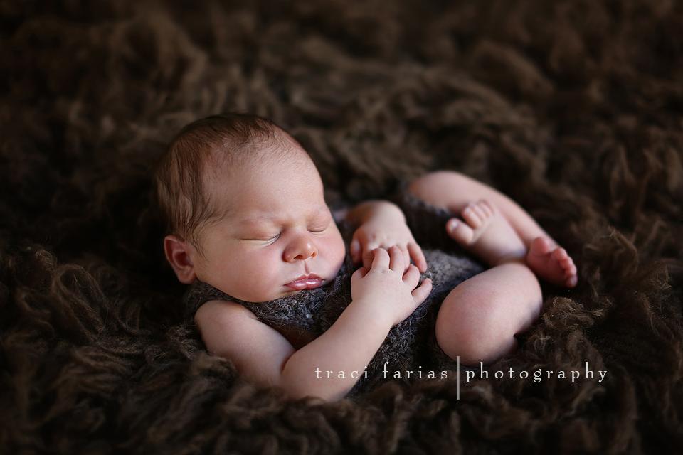Calebtraci farias newborn photographer visalia tulare central valley photographer