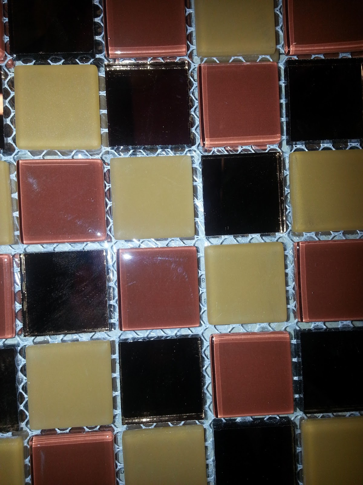 Para as paredes dentro do box do banheiro social escolhemos o  #376F94 1200x1600 Banheiro Com Pastilhas Vinho