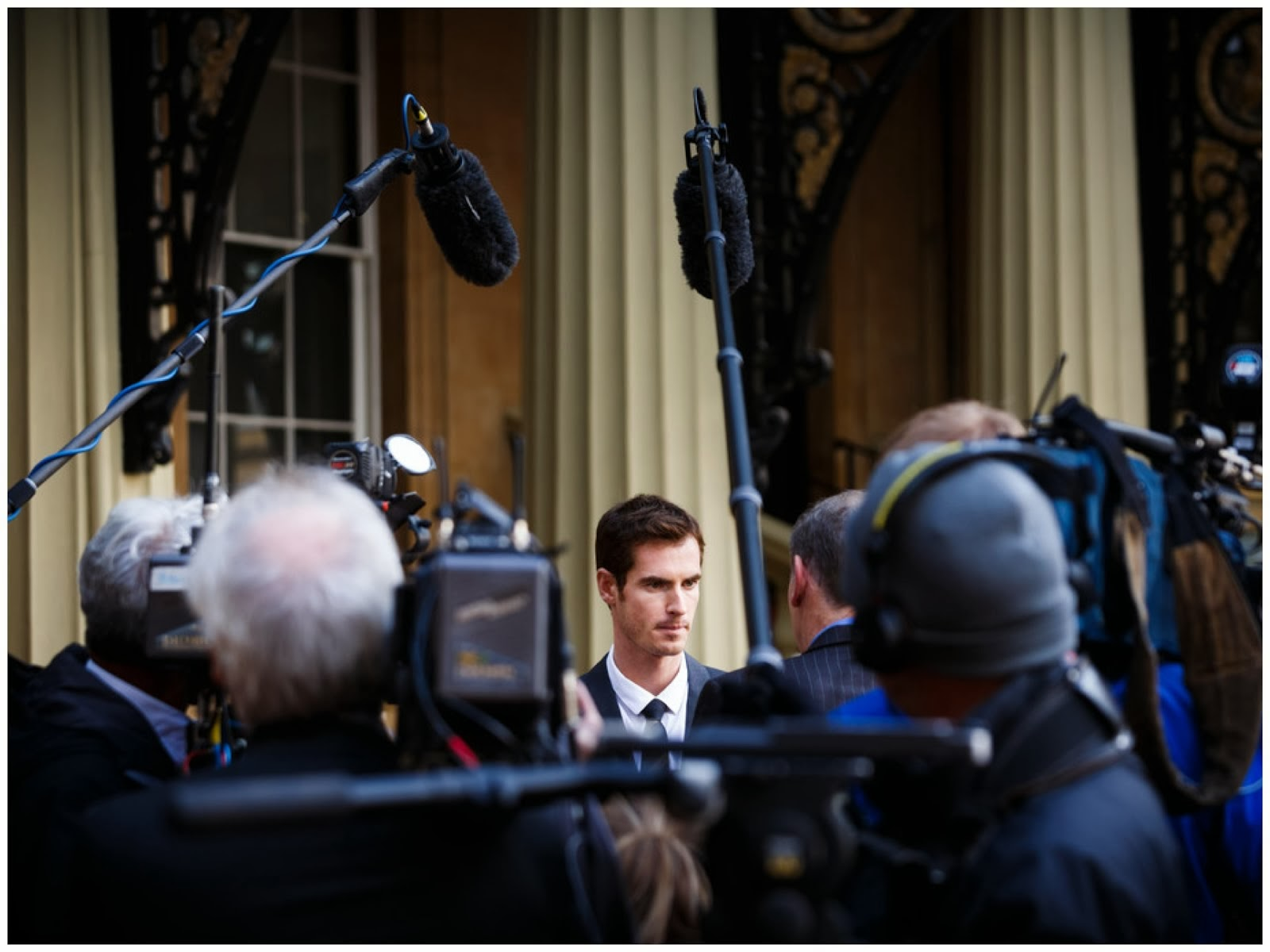 00O00 Menswear Blog: Andy Murray OBE in Burberry - Investitures at Buckingham Palace October 2013