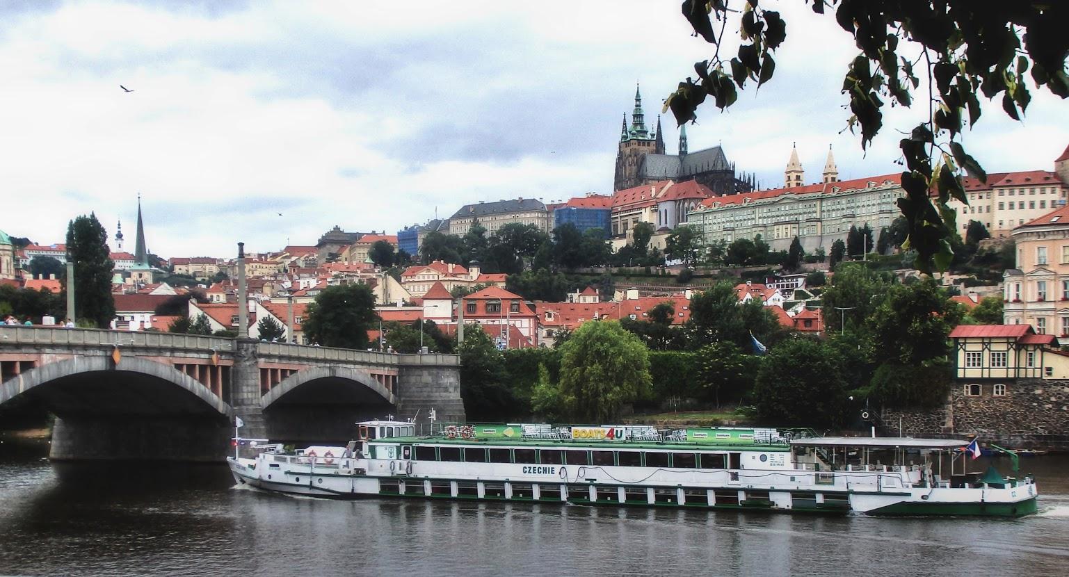 Praha panorama hradu