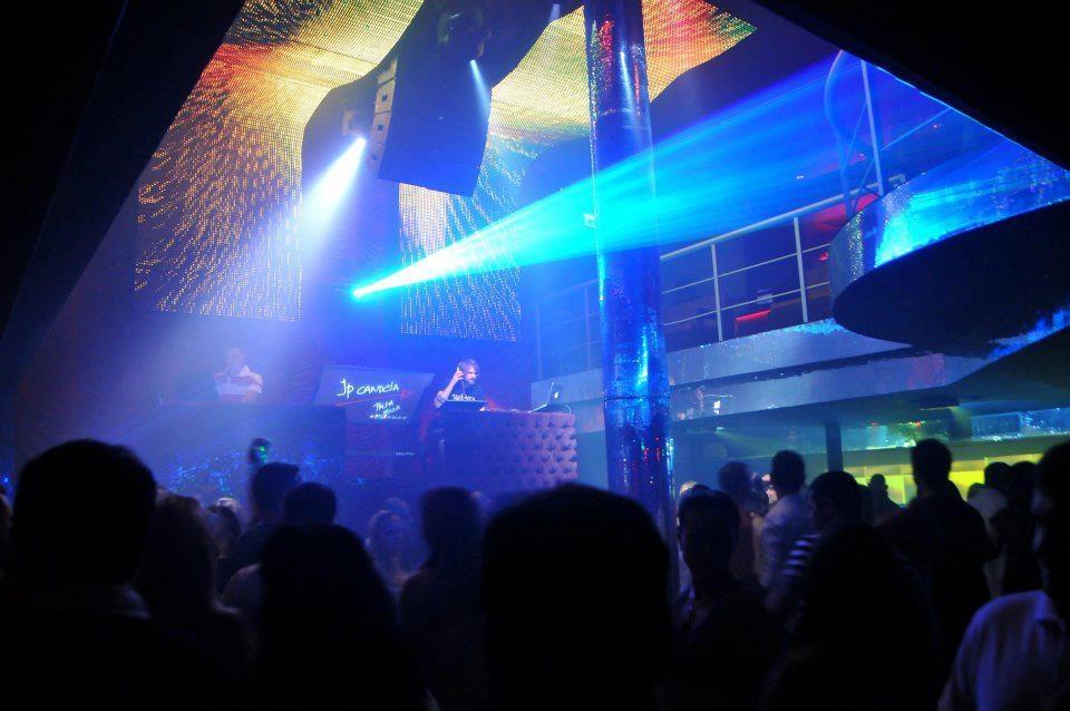 A boa da cena carioca for Miroir night club rio de janeiro