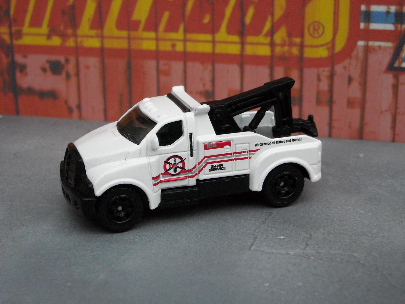 http://4.bp.blogspot.com/-W_wE4mN8RL4/Tkq3IT9S0FI/AAAAAAAADrs/YHSP8NDEMPU/s1600/matchbox_tow_truck_2.JPG