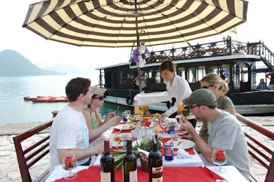 Outside Meals - Phoenix Cruise