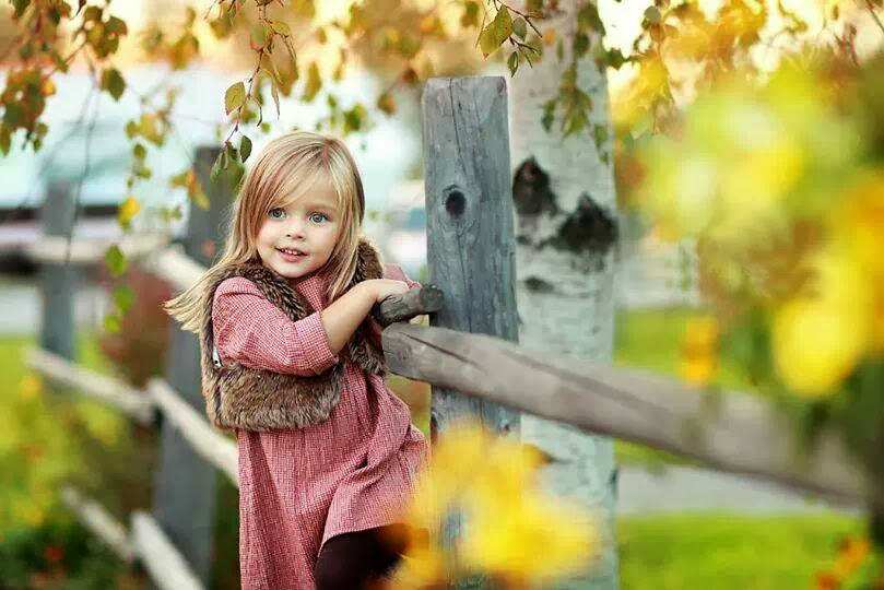 cute baby girl nice wallpaper
