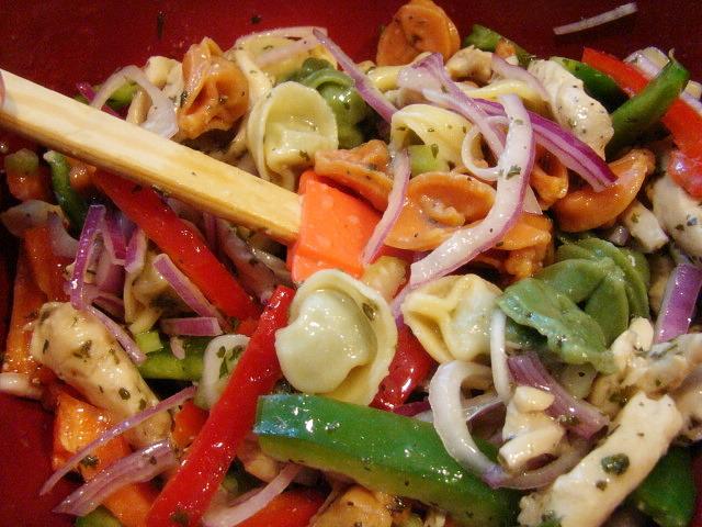 Krista's Kitchen: Chicken and Tortellini Salad