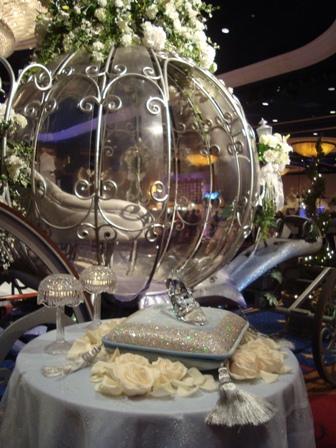 So disney wedding festival of brides sleeping beauty for Sleeping beauty wedding table