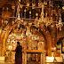 Εκκλησιασμός: Πότε πρέπει να είμαστε όρθιοι κατά την Θεία Λειτουργία;