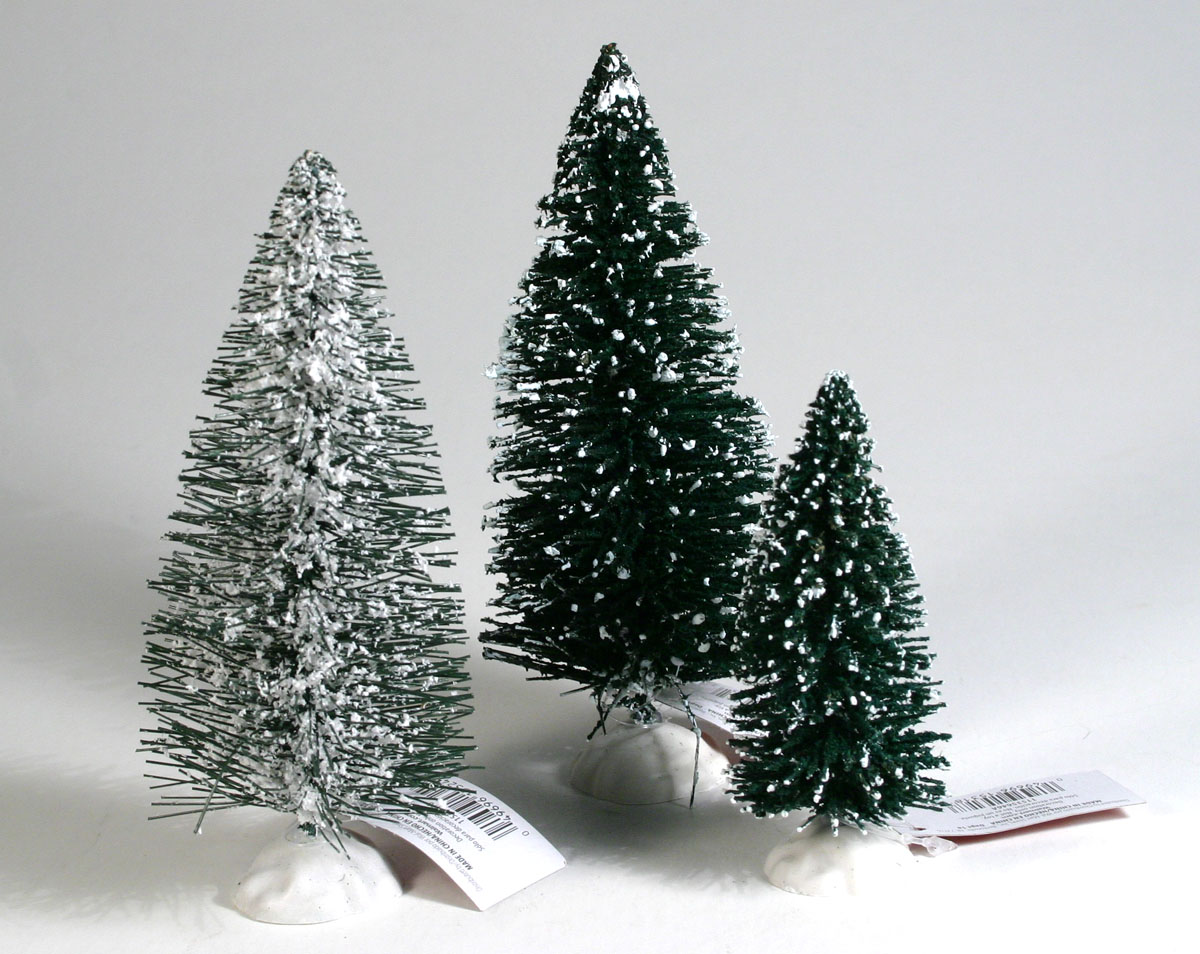 Vilius's scale modeling endeavors: Miniature Christmas trees from ...