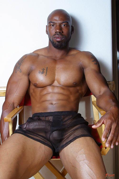 Milhares De Fotos Homens Nus Negros Fortes E Bem Dotados