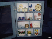 Escena  estante Azul