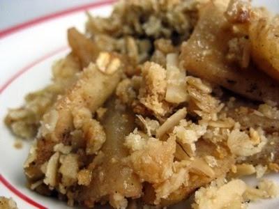 carolynn's recipe box: Almond-Apple Crisp