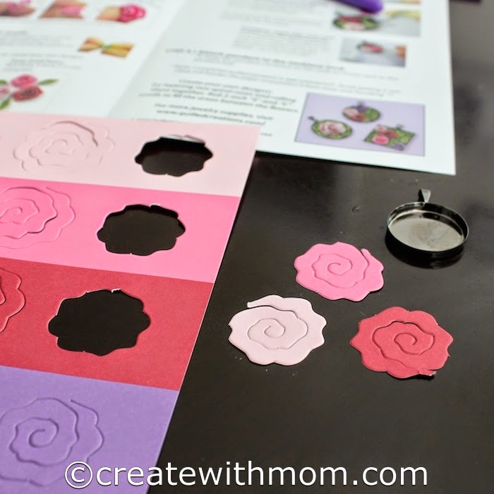 Create with mom quilled jewelry romantic roses necklace quilled jewelry romantic roses necklace mightylinksfo